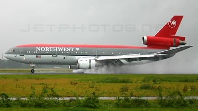 N221NW - McDonnell Douglas DC-10-30 - Northwest Airlines