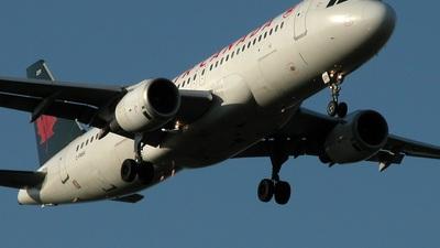 C-FMSV - Airbus A320-211 - Air Canada