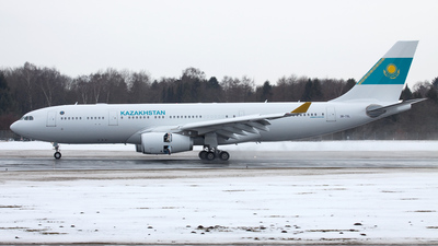 3B-TSL - Airbus A330-243 - Kazakhstan - Government (Comlux Aviation)