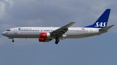 LN-RCN - Boeing 737-883 - SAS Braathens