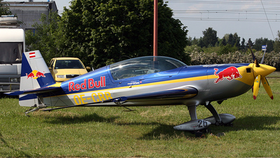 OE-CRB - Extra EA 300LP - Red Bull Racing Team
