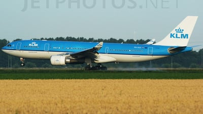 PH-AOI - Airbus A330-203 - KLM Royal Dutch Airlines