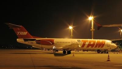PT-MRQ - Fokker 100 - TAM Linhas Aéreas