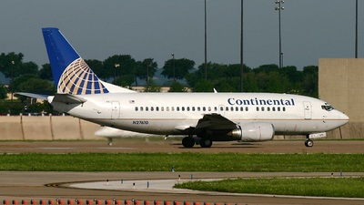 N27610 - Boeing 737-524 - Continental Airlines