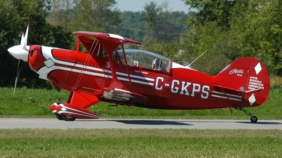 C-GKPS - Pitts S-2B - Cayley Aviation