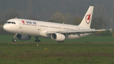 TC-OAF - Airbus A321-231 - Onur Air
