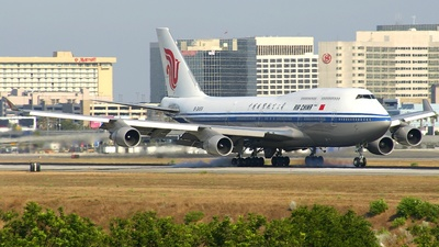B-2458 - Boeing 747-4J6(M) - Air China
