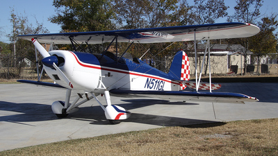 N511GL - Great Lakes 2T-1A-1 - Private