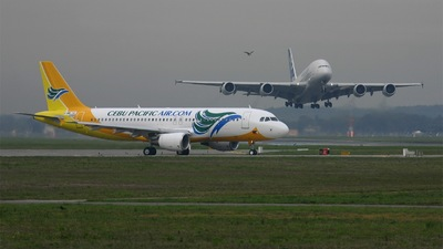 F-WWIU - Airbus A320-214 - Cebu Pacific Air