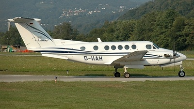 D-IIAH - Beechcraft 200 Super King Air - Private