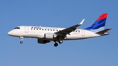 N855RW - Embraer 170-100SE - Delta Connection (Shuttle America)