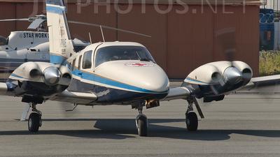 A picture of IPVAE - Piper PA34220T Seneca V - [3449041] - © roberto