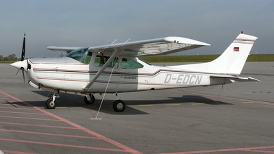 D-EDCN - Cessna TR182 Turbo Skylane RG - Untitled