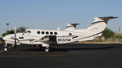 N532SW - Beechcraft B200 Super King Air - Private