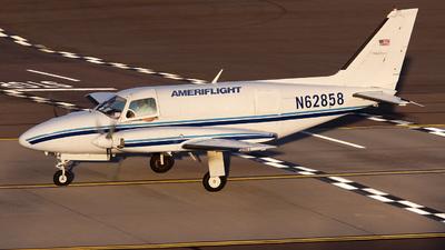 A picture of N62858 - Piper PA31350 - Ameriflight - © Bianca Renz