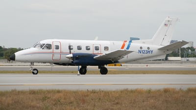N123HY - Embraer EMB-110P1 Bandeirante - Air Sunshine