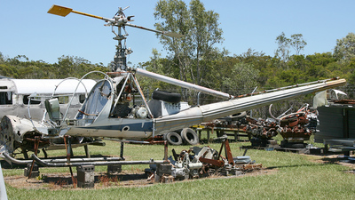 VH-FFE - Hiller UH-12E - Private
