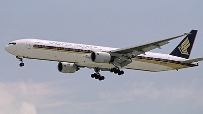 9V-SYD - Boeing 777-312 - Singapore Airlines