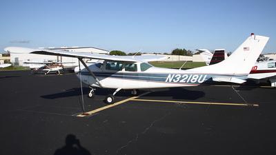 A picture of N3218U - Cessna 182F Skylane - [18254618] - © Bruce Leibowitz