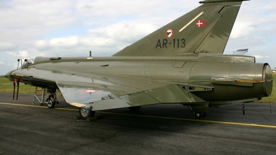 AR-113 - Saab RF-35XD Draken - Private