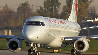 C-FEIQ - Embraer 170-200LR - Air Canada