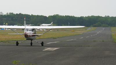 KBLM - Airport - Runway