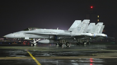 164204 - McDonnell Douglas F/A-18C Hornet - United States - US Marine Corps (USMC)