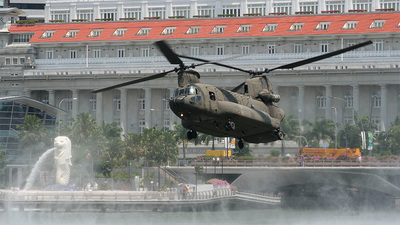 88195 - Boeing CH-47SD Chinook - Singapore - Air Force