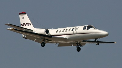 A picture of N394QS - Embraer Phenom 300 - NetJets - © Tim Perkins