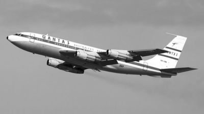 VH-XBA - Boeing 707-138B - Qantas Foundation Memorial