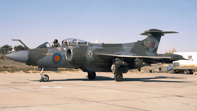 XV165 - Blackburn Buccaneer S.2B - United Kingdom - Royal Air Force (RAF)