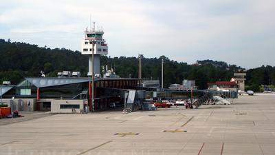 LEVX - Airport - Terminal
