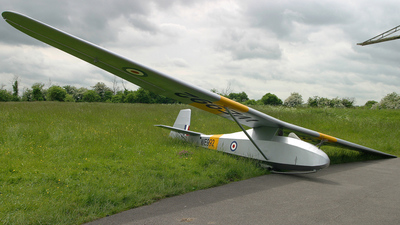 BGA2692 - Slingsby T30B Prefect - Private