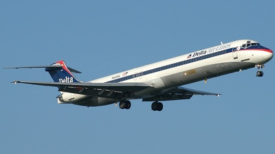 N933DL - McDonnell Douglas MD-88 - Delta Air Lines