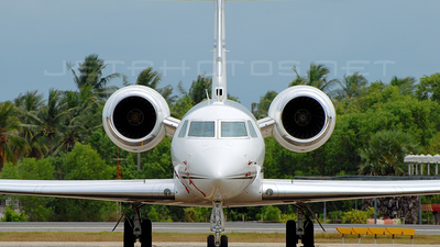- Gulfstream G-IV - Private