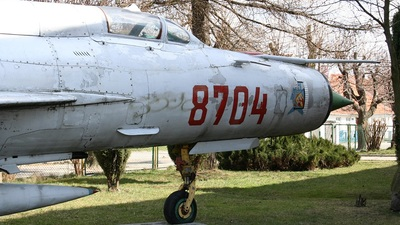 8704 - Mikoyan-Gurevich MiG-21MF Fishbed J - Poland - Air Force