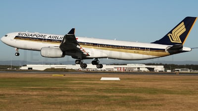 9V-STF - Airbus A330-343 - Singapore Airlines