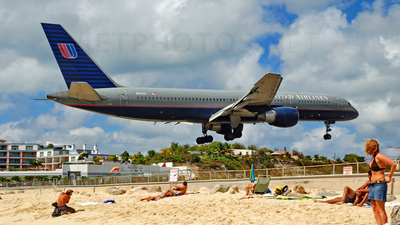 N511UA - Boeing 757-222 - United Airlines