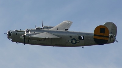 440973 - Consolidated B-24 - Private