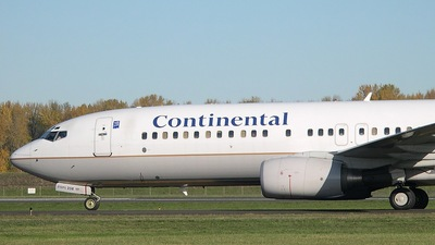 N77258 - Boeing 737-824 - Continental Airlines