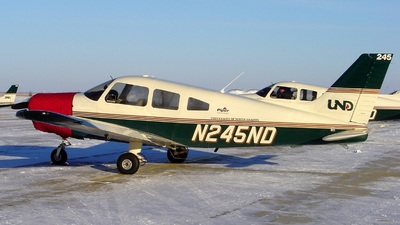 N245ND - Piper PA-28-161 Warrior III - University of North Dakota