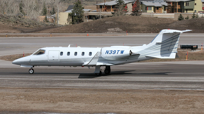 A picture of N39TW -  - [] - © Mark Abbott