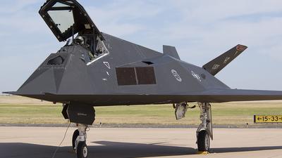 86-0839 - Lockheed F-117A Nighthawk - United States - US Air Force (USAF)