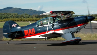 ZK-MAD - Pitts S-2B - The Great Stunt Company