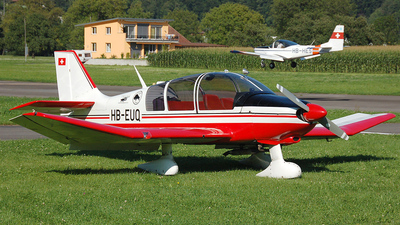 HB-EUQ - Robin DR400/180R Remorqueur - Flying Ranch