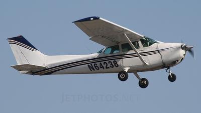 A picture of N64238 - Cessna 172M Skyhawk - [17265112] - © Erlend Karlsen