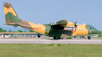 T.19B-05 - CASA CN-235-100 - Spain - Air Force