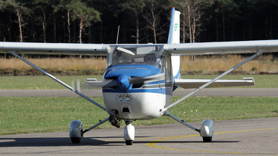 PH-GEO - Reims-Cessna F172N Skyhawk II - Private