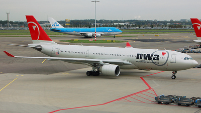 N854NW - Airbus A330-223 - Northwest Airlines