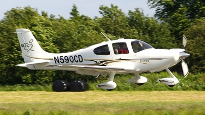 A picture of N590CD - Cirrus SR22 - [0957] - © Wallace Shackleton